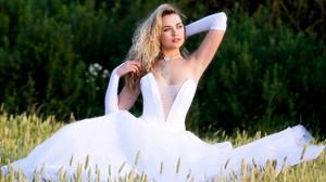 Увидеть себя в свадебном платье во сне