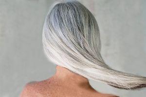 К чему видеть во сне седые волосы